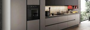 Mobili per la cucina: meglio sceglierli lucidi o opachi?